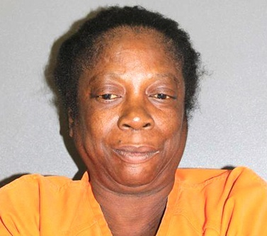Brenda Reynolds, charged with 2nd degree murder in Daytona stabbing / Headline Surfer®