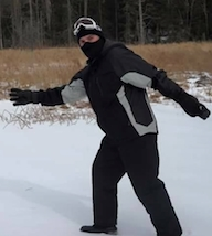 Retired Daytona PD cop Craig Buth happy in New Hampshire snowstorm / Headline Surfer