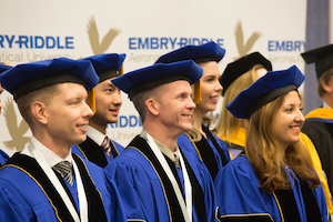 Embry-Riddle Aeronautical University grads like commencement address / Headline Surfer