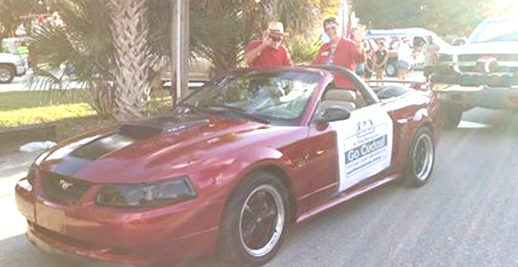 NSB Homecoming Parade includes School Board member Linda Curthbert / Headline Surfer®