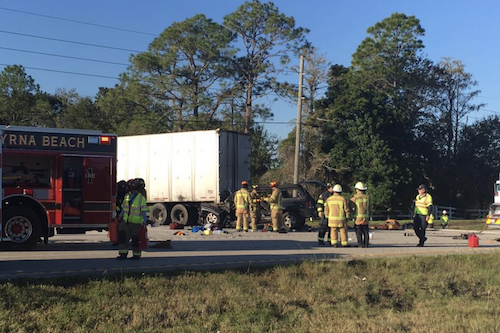 Major crash on State Road 44 in New Smyrna Beach / Headline Surfer