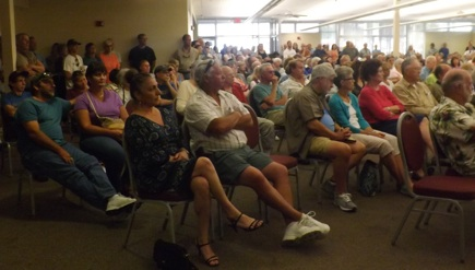Angry residents at annexation meeting in New Smyrna Beach / Headline Surfer