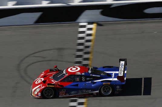 Chip Ganassi Racing crosses finish line to win Rolex 24 at Daytona / Headline Surfer®