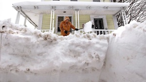 Big dig from Northeast winter storm / Headline Surfer