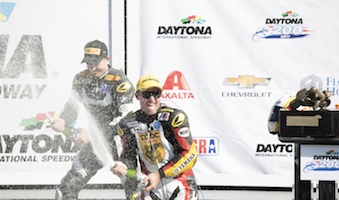 Danny Eslick wins 2017 Daytona 200 / Headline Surfer