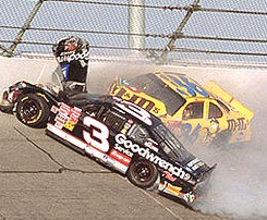 Dale Earhardt killed in the 2001 Daytona 500 / Headline Surfer