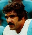 Miami Dolphins great and Oak Hill winter resident Larry Csonka / Headline Surfer