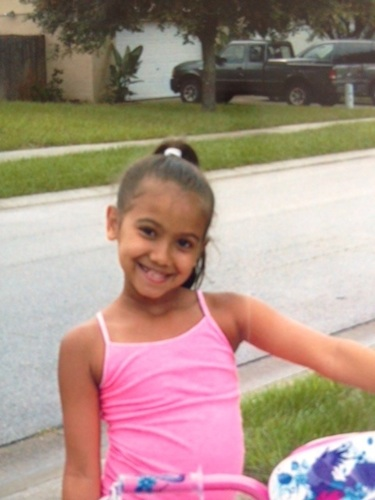ThaliaOtto, 9, ismissing, along with her brother, Michael, 8, and mom, Yessenia Suarez / Headline Surfer