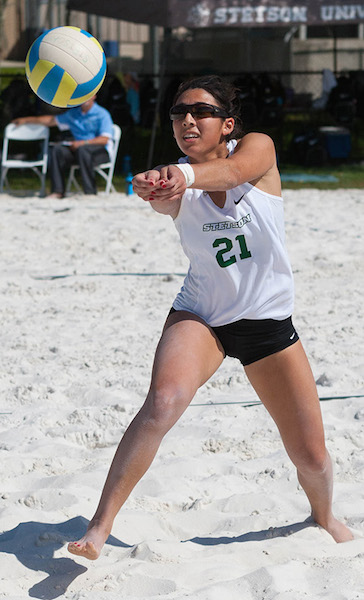 Stetson's Samantha Harris has Stetson volleyball ranked 9th / Headline Surfer®