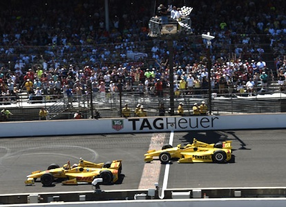 Ryan Hunter-Reay beats Helio Castroneves to checkered flag in 2nd closest Indy 500 / Headline Surfer®