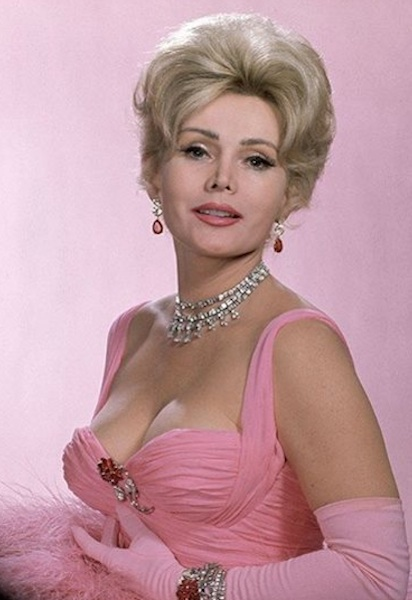 Zsa Zsa Gabor dead at age 99 / Headline Surfer®
