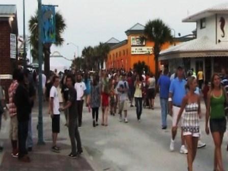 How Far Is Daytona To New Smyrna Beach Fl