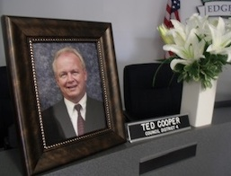 A memorial service was held in Edgewater for City Councilman Ted Cooper / Headline Surfer